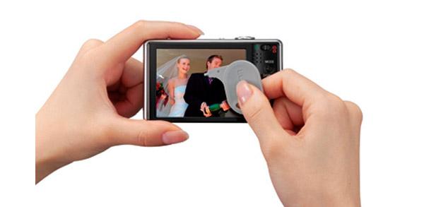 Panasonic Lumix DMC FX500 Touch Screen LCD