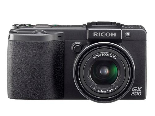 Ricoh GX200 - Front