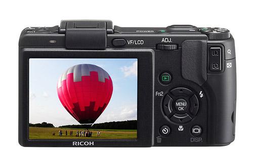 Ricoh GX200 - Rear LCD