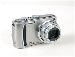 Panasonic Lumix DMC-TZ5 - 28mm wide-angle lens