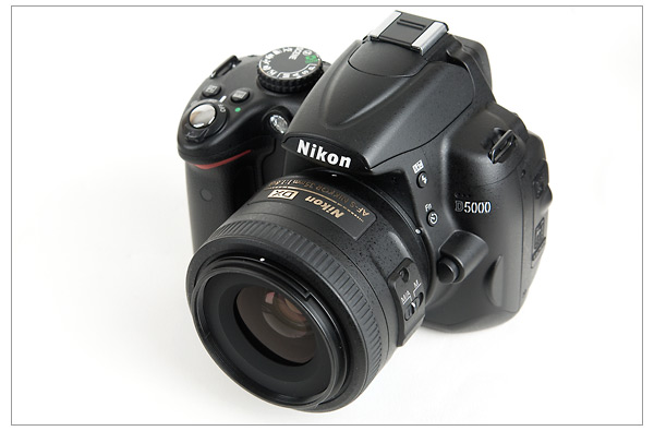 Nikon 35mm f/1.8G DX lens and D5000