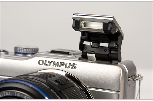 Olympus E-PL1 pop-up flash