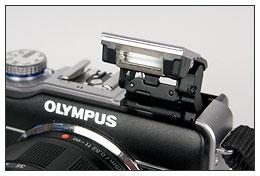 Olympus E-PL1 pop-up flash
