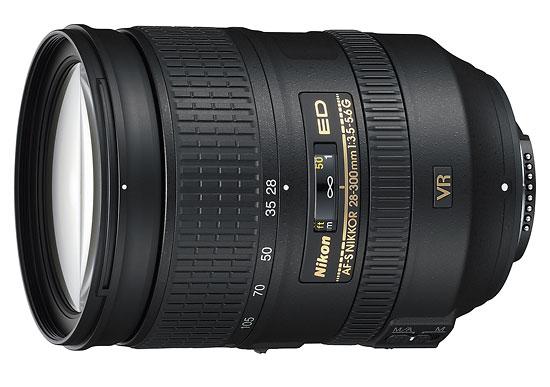 Nikon AF-S 28-300mm f/3.5-5.6 VR 10x zoom lens