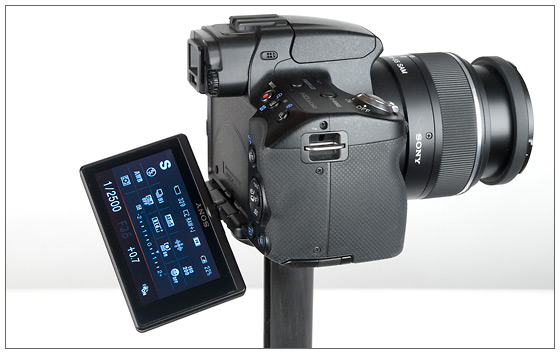 Sony Alpha SLT-A55 adjustable angle LCD display
