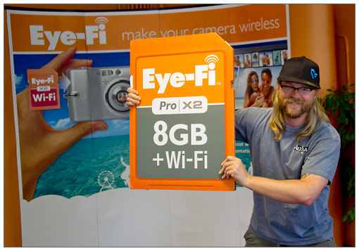 Photo-John loves the Eye-Fi memory cards!