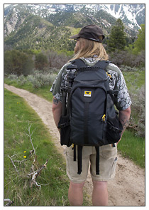 Mountainsmith Quantum Daypack camera pack on the trail