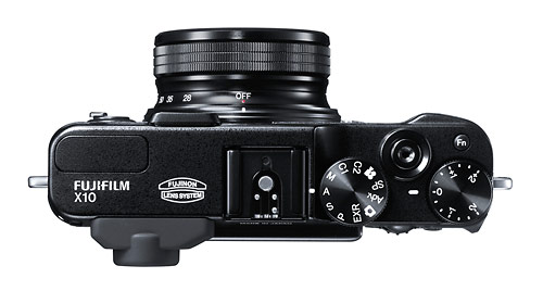 Fujifilm X10 - off with lens retracted