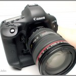 Canon EOS-1D X - front view from right