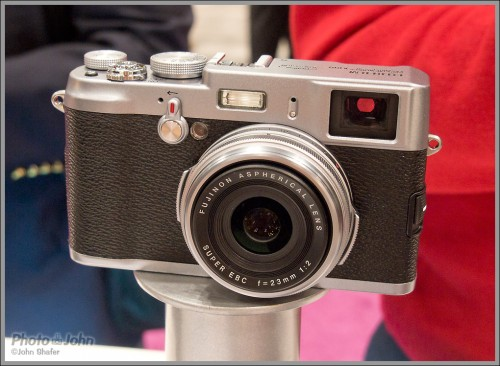 Fujifilm X100 APS-C Sensor Digital Rangefinder
