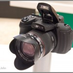 Fujifilm FinePix HS20 Superzoom - Pop-Up Flash