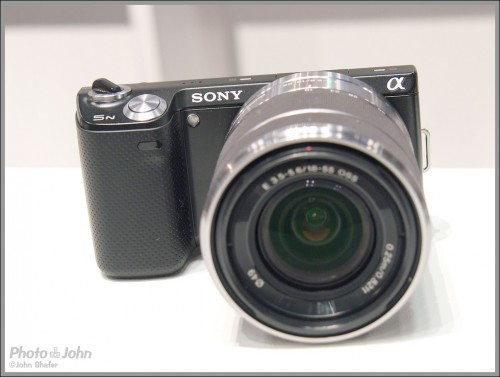 Sony NEX-5N Compact System Camera