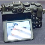 Nikon Coolpix P7100 - Tilting 3-Inch LCD Display