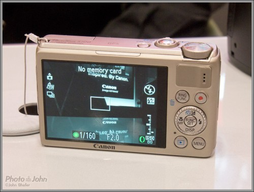 Canon PowerShot S100 - Rear LCD And Controls