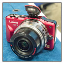 Hands-On With The Panasonic Lumix GF3