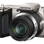 Olympus SP-620UZ Ultrazoom - Right Front - Silver