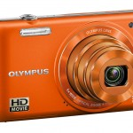 Olympus VG-160 - Front Left