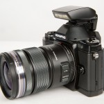 Olympus OM-D E-M5 - Included Accessory Flash