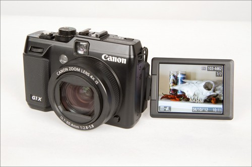 Canon PowerShot G1 X - Tilt-Swivel LCD Display
