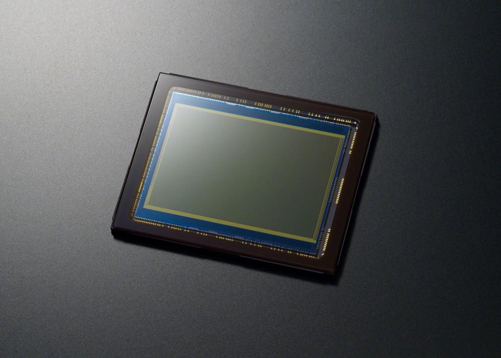 Sony A99 - 24.3-Megapixel Full Frame CMOS Sensor