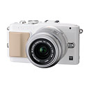 Olympus E-PL5 Pen – OM-D Performance & Self-Portrait Touch Screen LCD