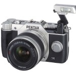 Pentax Q10 - Pop-Up Flash - Silver