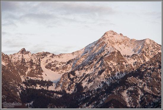 Olympus E-PL5 - Mountain Sunset Sample Photo