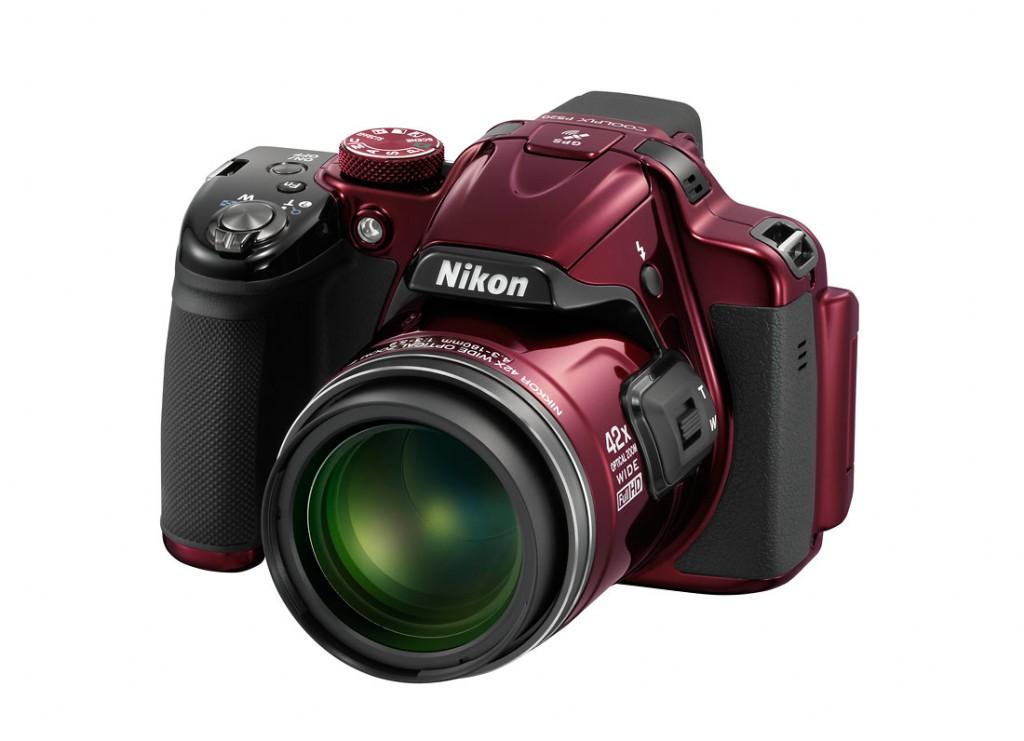 nikon-P520_lft-red