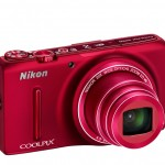 Nikon Coolpix S9500 Pocket Superzoom - Right Angle View - Red