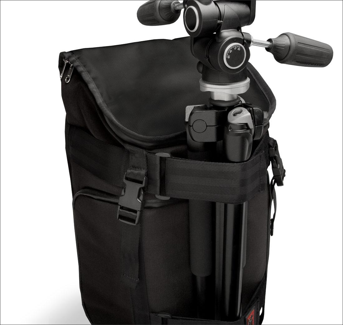 Chrome Niko Camera Pack - With Tripod