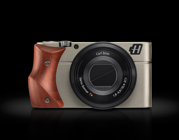 Hasselblad Stellar - The Rolls Royce of Point-And-Shoots? • Camera ...