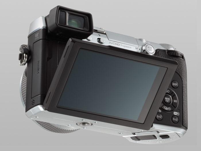 Panasonic Lumix GX7 - Tilting Touchscreen LCD Display