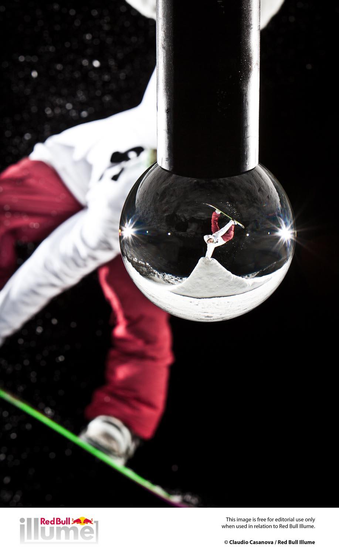 ©Claudio Casanova / 2013 Red Bull Illume Close Up Category Finalist Photo