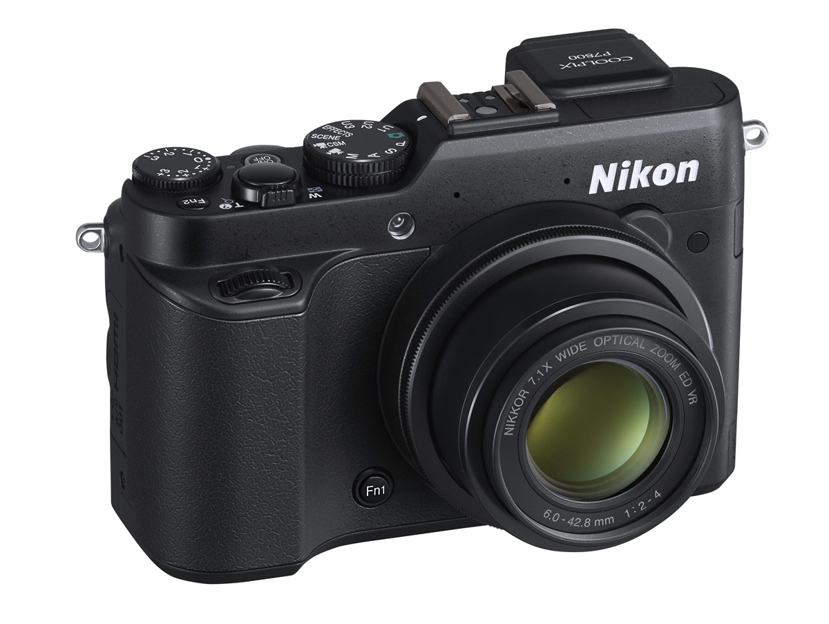 Nikon Coolpix P7800 High-End Compact Camera With New Electronic Viewfinder