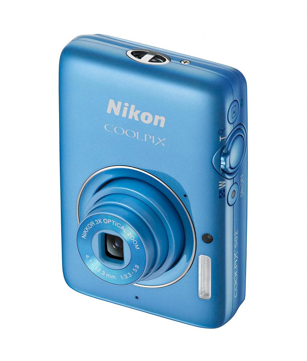 Nikon Coolpix S02 - Vertical - Blue