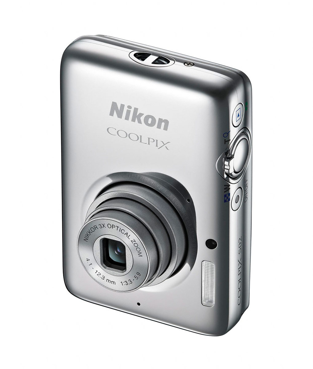 Nikon Coolpix S02 - Silver - Vertical Angle View