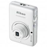 Nikon Coolpix S02 - Credtit Card-Sized Camera - White