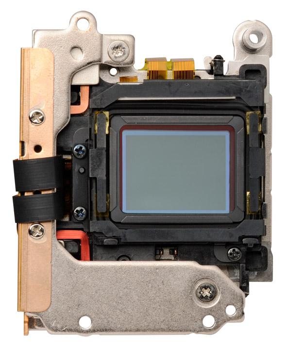 Olympus OM-D E-M1 - New 16.3-MP Sensor