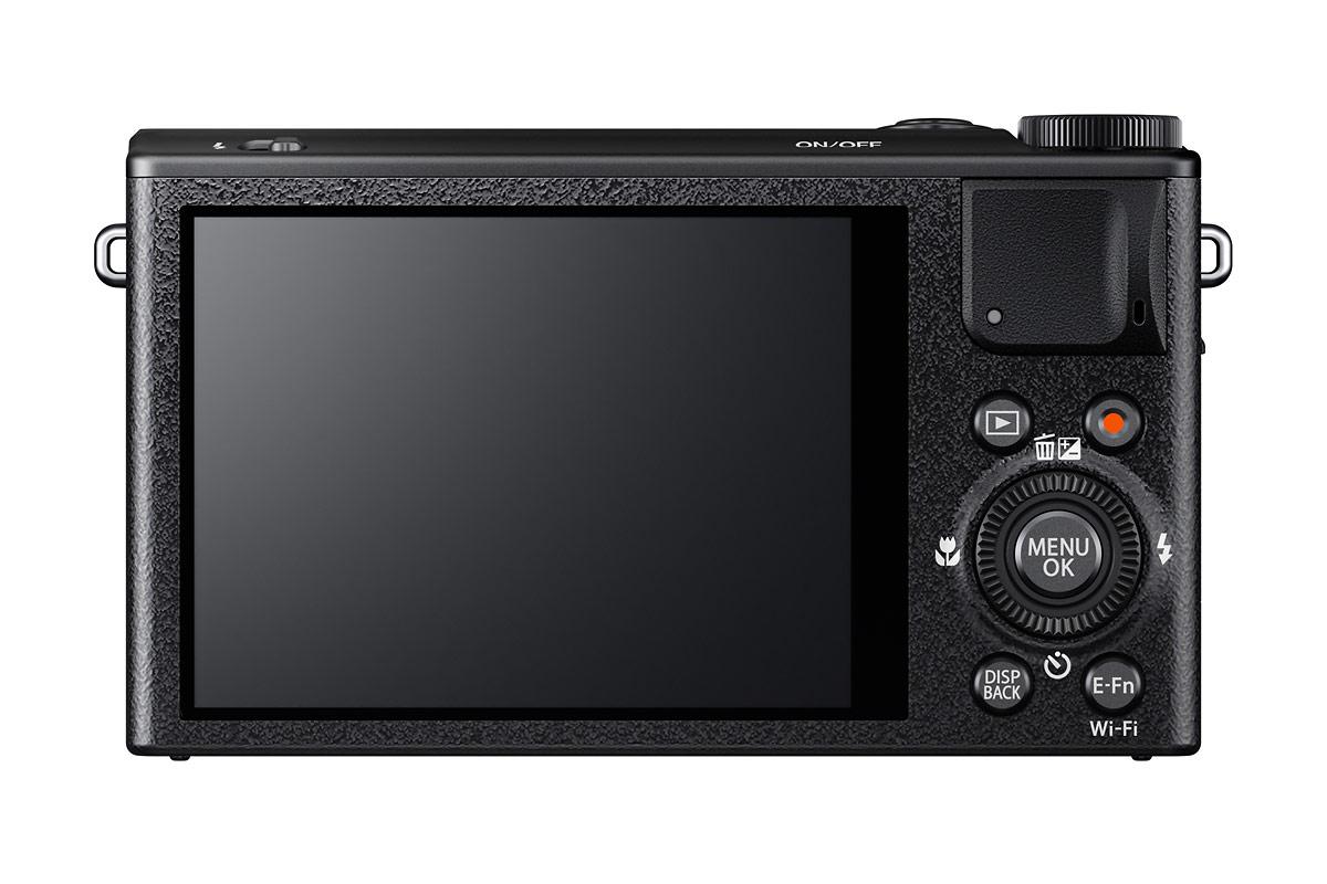 Fujifilm XQ1 - Rear