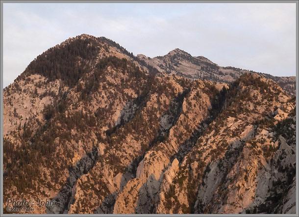 Sony Cybershot HX50V - ISO 1000 Mountain Landscape