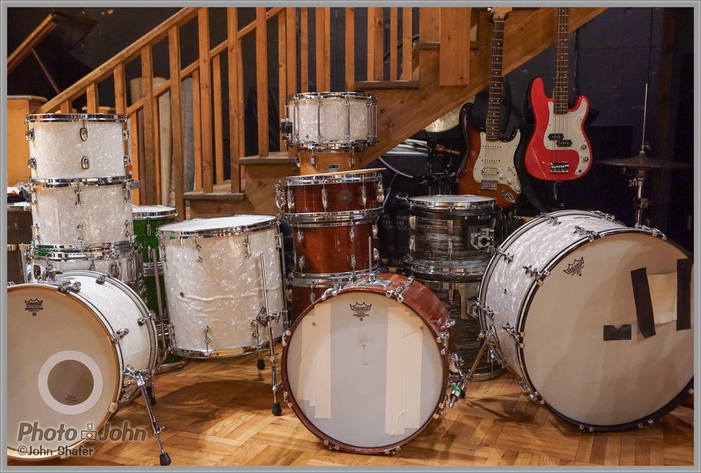 Drums & Guitars - Sony Alpha A7R at ISO 6400