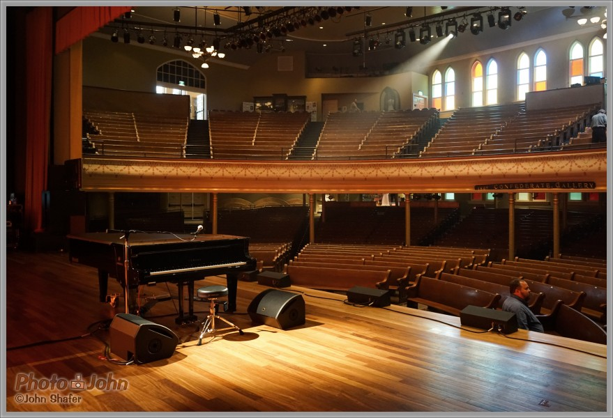 Ryman Auditorium - Sony Alpha A7R At ISO 3200