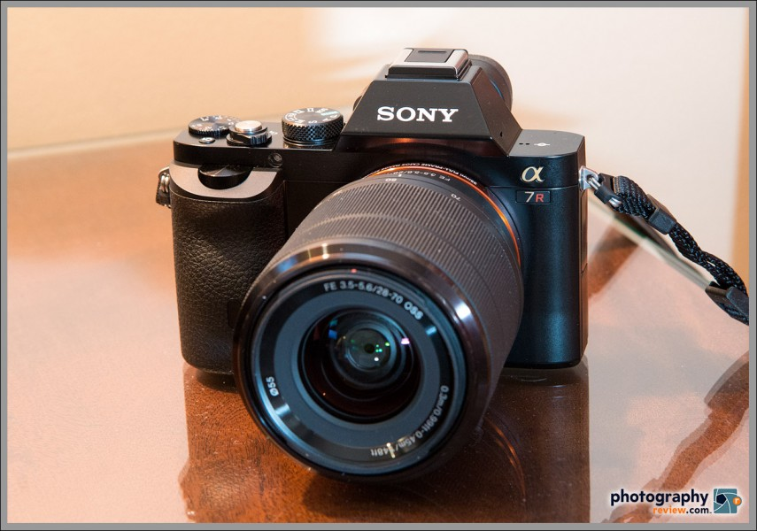 Sony Alpha A7R With 28-70mm f/3.5-5.6 OSS Zoom Lens