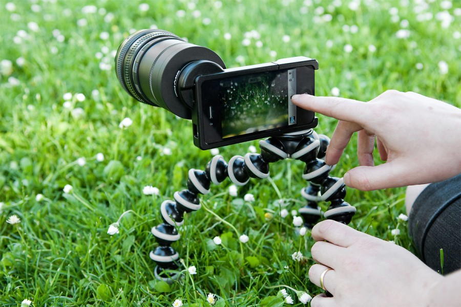 iPhone SLR Mount With Canon Lens & Gorillapod