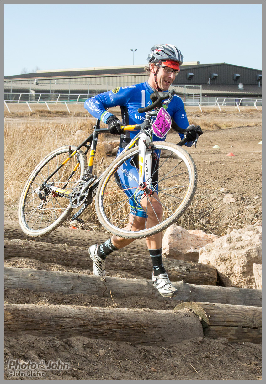 Nikon 1 AW1 - Cyclocross Race Sample Photo