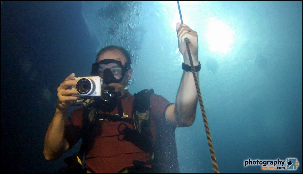 Underwater Testing With Nikon's New AW1 Waterproof Mirrorless Camera