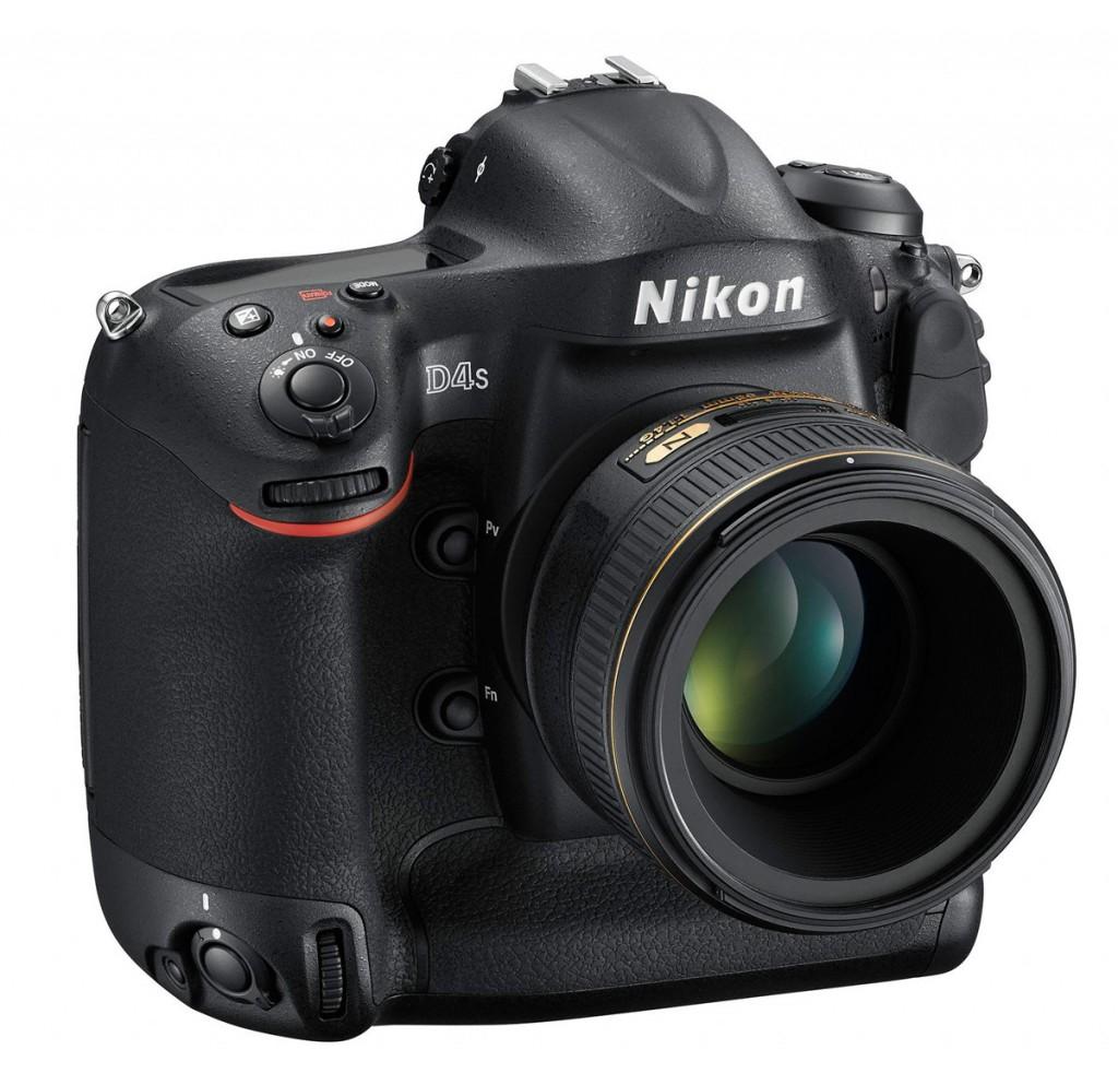 Nikon D4S Professional Digital SLR - Front Right